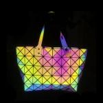 Decal phát quang 7 mầu in túi xách cặp thời trang